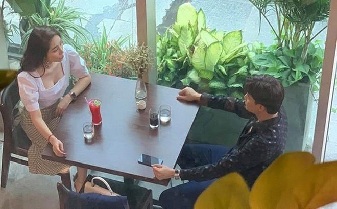 """""""Cá sấu chúa"""" Quỳnh Nga tiết lộ sợ bị """"ném đá"""" với vai tiểu tam trong """"Về nhà đi con"""""""