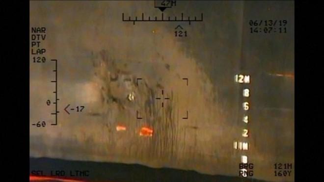 Mỹ tung bằng chứng tố Iran tấn công tàu chở dầu, điều thêm 1.000 quân tới Trung Đông - Ảnh 1.
