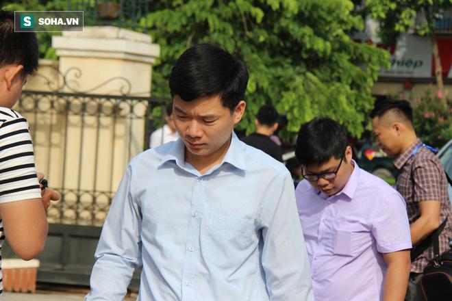 Tuyên phúc thẩm vụ án chạy thận Hoà Bình: Hoàng Công Lương 30 tháng tù, giám đốc Thiên Sơn hưởng án treo - Ảnh 2.