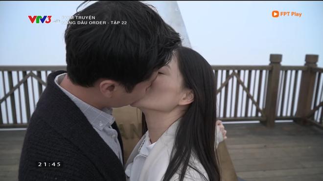 Nàng dâu order: Khán giả đỏ mặt với hàng loạt cảnh hôn môi liên tục của vợ chồng Lan Phương chỉ trong 1 tập phim - Ảnh 12.