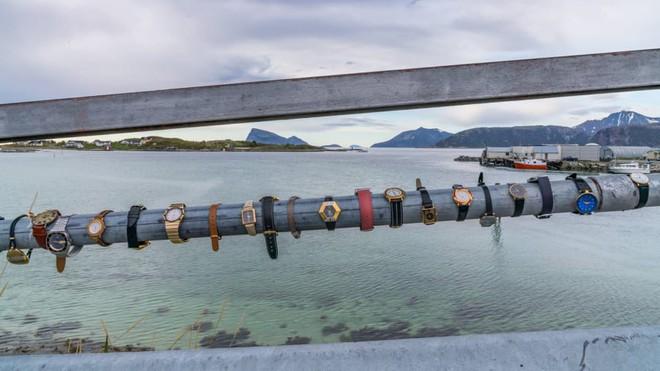 Đảo Na Uy muốn trở thành nơi đầu tiên trên thế giới không có thời gian - Ảnh 3.