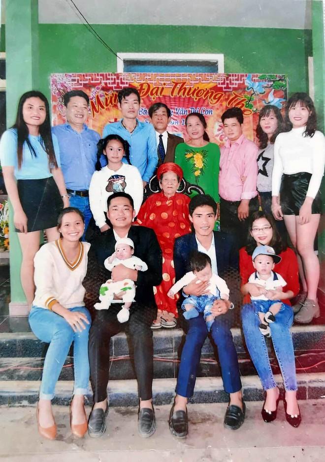 Cụ bà Quảng Trị 102 tuổi có 12 người con, 176 cháu nội ngoại - Ảnh 3.