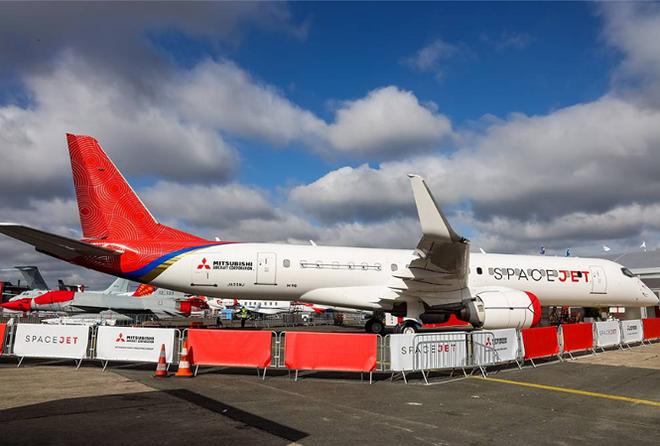 Hàng trăm máy bay hiện đại lộ diện tại Triển lãm hàng không Paris 2019 - Ảnh 9.