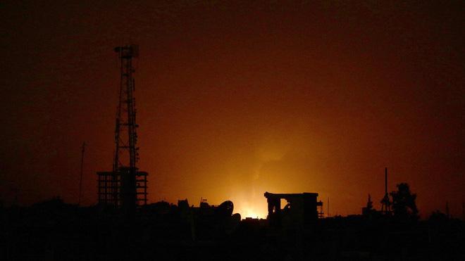 Sau đòn hủy diệt của Israel gần Damascus, QĐ Syria bất ngờ tiếp tục thiệt hại nặng ở Homs - Ảnh 12.