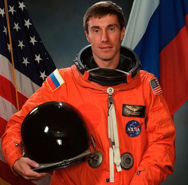 Chuyện về phi hành gia Sergei Krikale - Công dân Liên Xô cuối cùng - Ảnh 2.