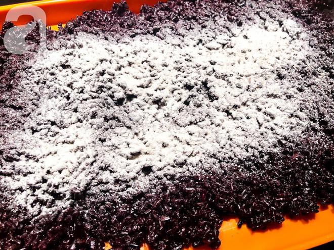 Chuẩn bị sẵn sàng đón Tết Đoan Ngọ cùng cơm rượu nếp cẩm làm cực đơn giản - Ảnh 4.
