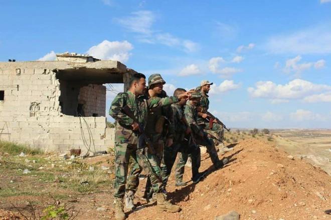 """Chiến sự Syria: Ngoan cố tấn công giành đất, phiến quân lại thất bại đau đớn trước """"đòn"""" hiểm của quân đội Syria - Ảnh 1."""