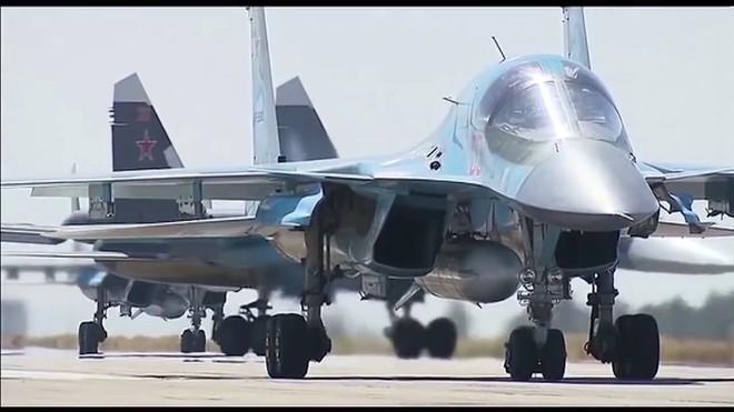 Máy bay chiến đấu KQ Nga - Syria gặp nguy hiểm - Phiến quân lấy lại bầu trời - Ảnh 3.
