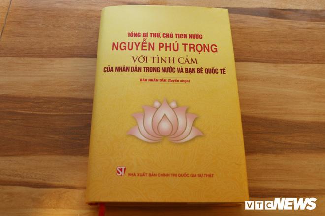 Ra mắt sách 'Tổng Bí thư, Chủ tịch nước Nguyễn Phú Trọng với tình cảm của nhân dân trong nước và bạn bè quốc tế' - Ảnh 1.