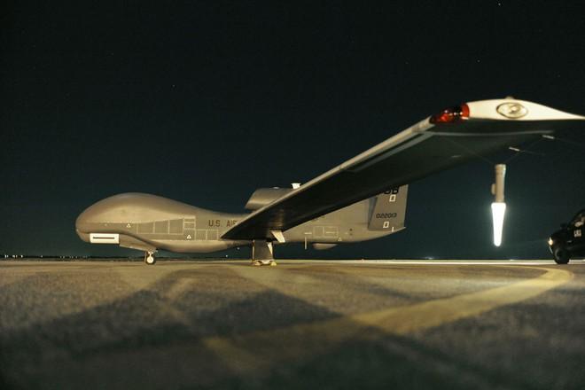 Tên lửa phòng không mới nhất của Iran bắn tan xác máy bay tối tân Mỹ- Tiết lộ sự thật cay đắng - Ảnh 8.