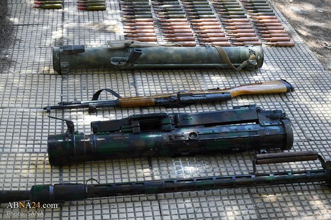 Syria: Điều bất ngờ trong kho vũ khí khổng lồ khủng bố giấu trong trang trại - Ảnh 2.