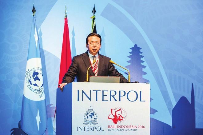 Lý do thực sự cựu giám đốc Interpol bị TQ xét xử - Ảnh 2.