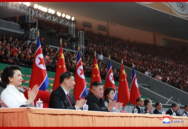 Hình ảnh ấn tượng trong chuyến công du Triều Tiên đầu tiên của ông Tập Cận Bình - Ảnh 18.