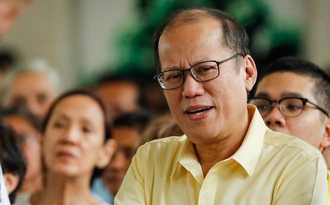 Cựu Tổng thống Philippines: Tàu cá Trung Quốc phải có nghĩa vụ hỗ trợ ngư dân Philippines