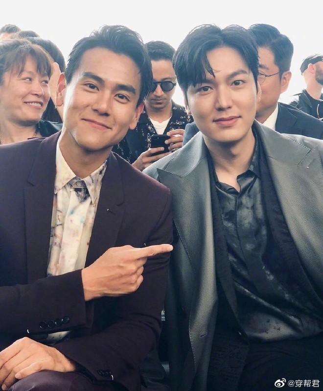 Đẹp trai chẳng ai dám chê nhưng Lee Min Ho bất ngờ bị lấn át khi chung khung hình ngôi sao xứ Trung - Ảnh 1.