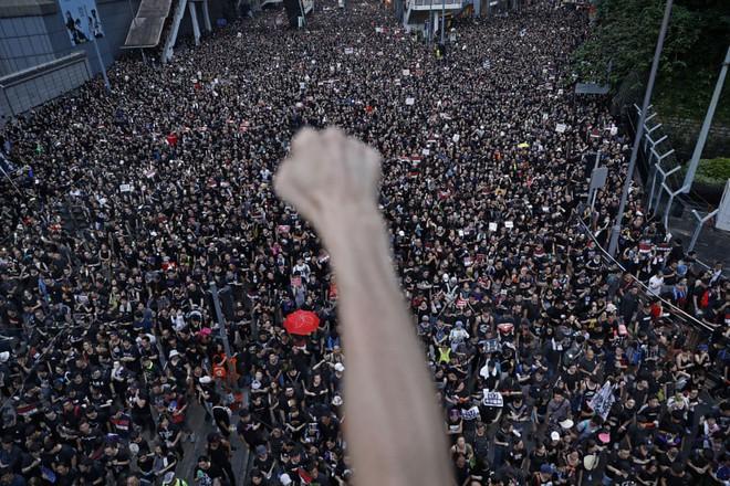 7 ngày qua ảnh: Người dân Triều Tiên giải nhiệt trong công viên nước - Ảnh 3.
