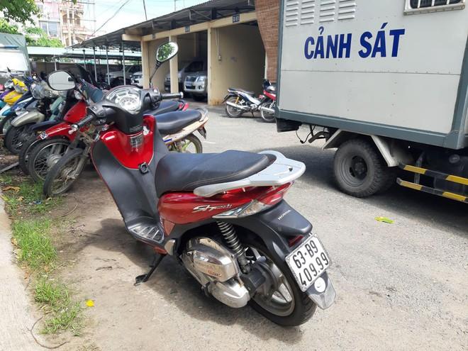 Trộm xe SH, trên đường đi tiêu thụ bị trinh sát hình sự bắt giữ - Ảnh 1.