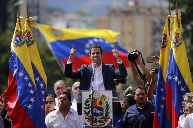 Venezuela: Nga-Maduro đã dạy cho Mỹ-Guaido bài học đau - Sập bẫy và sai lầm chết người? - Ảnh 4.