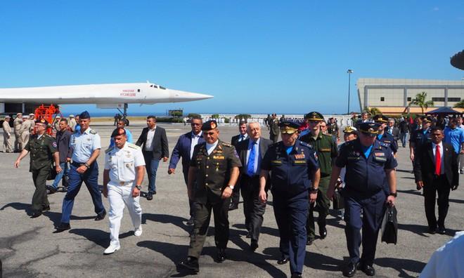 Venezuela: Nga-Maduro đã dạy cho Mỹ-Guaido bài học đau - Sập bẫy và sai lầm chết người? - Ảnh 6.