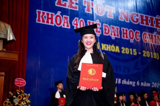 Hoa khôi Hà thành kể chuyện vừa sinh con vừa tốt nghiệp cử nhân Luật loại Giỏi: Nếu các nữ sinh mang thai ngoài ý muốn, hãy thẳng thắn đối diện - Ảnh 2.