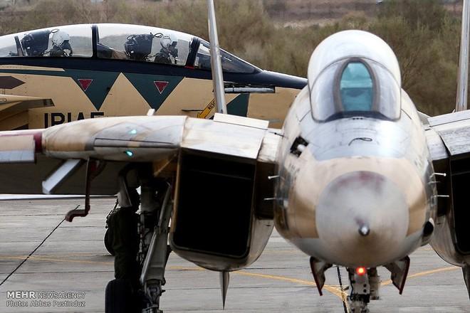 F-14 Iran sẽ tuyệt chủng khi đối đầu với tiêm kích tàng hình Mỹ? - Ảnh 1.
