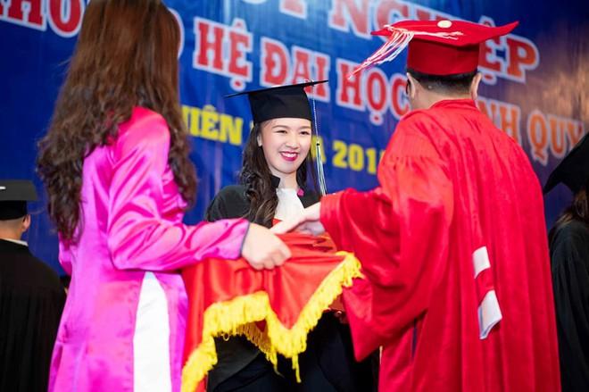 Hoa khôi Hà thành kể chuyện vừa sinh con vừa tốt nghiệp cử nhân Luật loại Giỏi: Nếu các nữ sinh mang thai ngoài ý muốn, hãy thẳng thắn đối diện - Ảnh 3.
