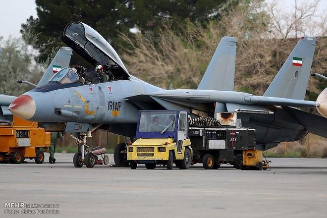 F-14 Iran sẽ tuyệt chủng khi đối đầu với tiêm kích tàng hình Mỹ? - Ảnh 3.