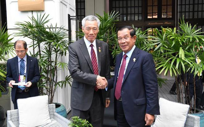 """Gặp Thủ tướng Hun Sen, ông Lý Hiển Long thừa nhận phát biểu về vấn đề Việt Nam - Campuchia là """"cơn ác mộng"""""""