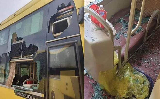 Kính xe khách bị ném đá vỡ tan tành, nhóm thủ phạm khiến dân mạng bất ngờ vì độ tuổi quá trẻ