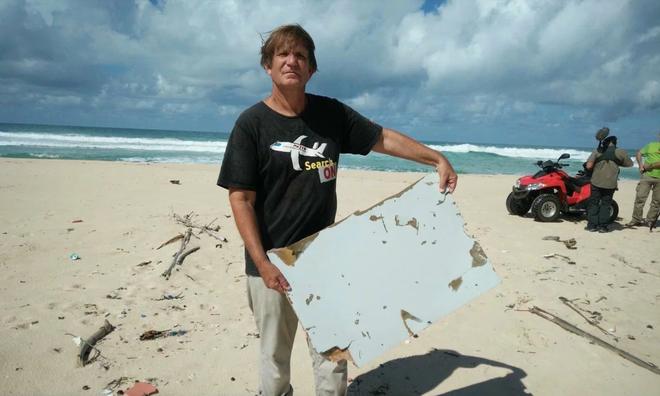 Bí ẩn MH370: Nhà điều tra nổi tiếng bị dọa giết nếu còn tìm máy bay - Ảnh 2.