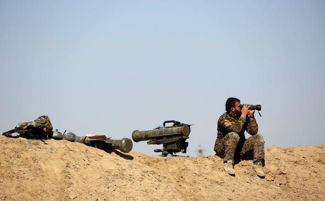 """""""Đau đầu"""" vì ứng phó với Iran, Mỹ phó mặc """"chảo lửa"""" Idlib ở Syria cho ông Putin tự giải quyết?"""
