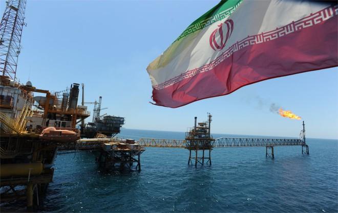Ép Iran tới bước đường cùng, tại sao Mỹ vẫn không thể hoàn toàn đẩy Tehran xuống cửa tử? - Ảnh 1.