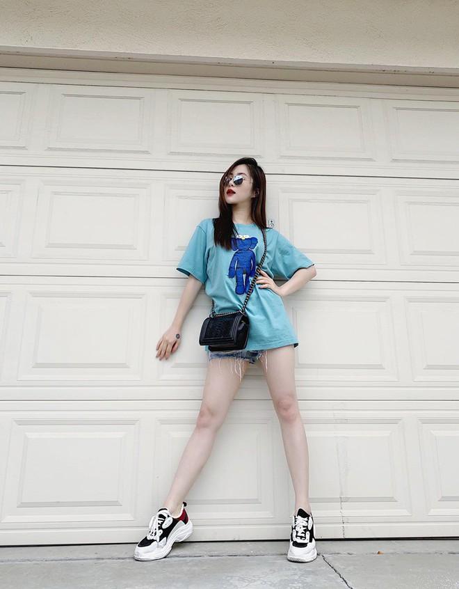 Cuộc sống Hương Tràm hoàn toàn thay đổi tại Mỹ: Ở nhà thuê, mặc váy cũ nhưng vui vẻ, đầy thoải mái - Ảnh 3.