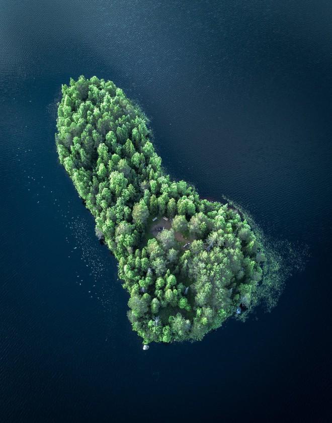 Đảo tí hon Kotisaari bốn mùa thay lá đẹp như trong cổ tích, ai nhìn cũng ao ước được đặt chân đến một lần trong đời - Ảnh 12.