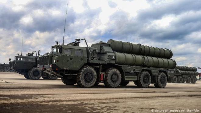 Chuyên gia: Tên lửa S-400 Nga tốt nhất thế giới, Patriot Mỹ cũng phải chào thua! - Ảnh 1.