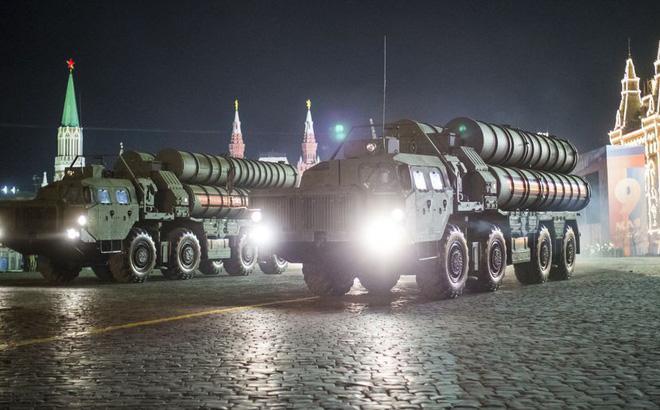 Chuyên gia: Tên lửa S-400 Nga tốt nhất thế giới, Patriot Mỹ cũng phải chào thua!