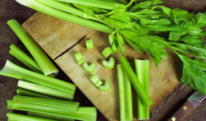 Người bị gout, axit uric cao có thể ăn cá không? Những thực phẩm tốt nhất để giảm bệnh - Ảnh 5.