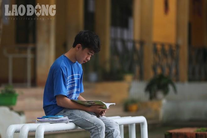 Đặc biệt ở Hà Giang: Thí sinh ngồi một mình 1 phòng thi THPT Quốc gia - Ảnh 1.
