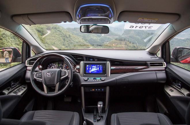 Toyota Innova: Tinh hoa hội tụ trong một chiếc xe - Ảnh 3.