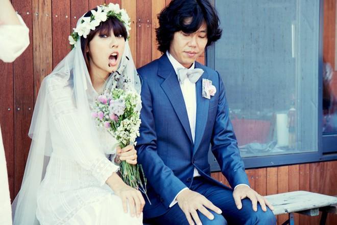 Song Hye Kyo li hôn, Lee Hyori vẫn hạnh phúc bên chồng xấu trai, không tiền bạc, danh tiếng - Ảnh 4.