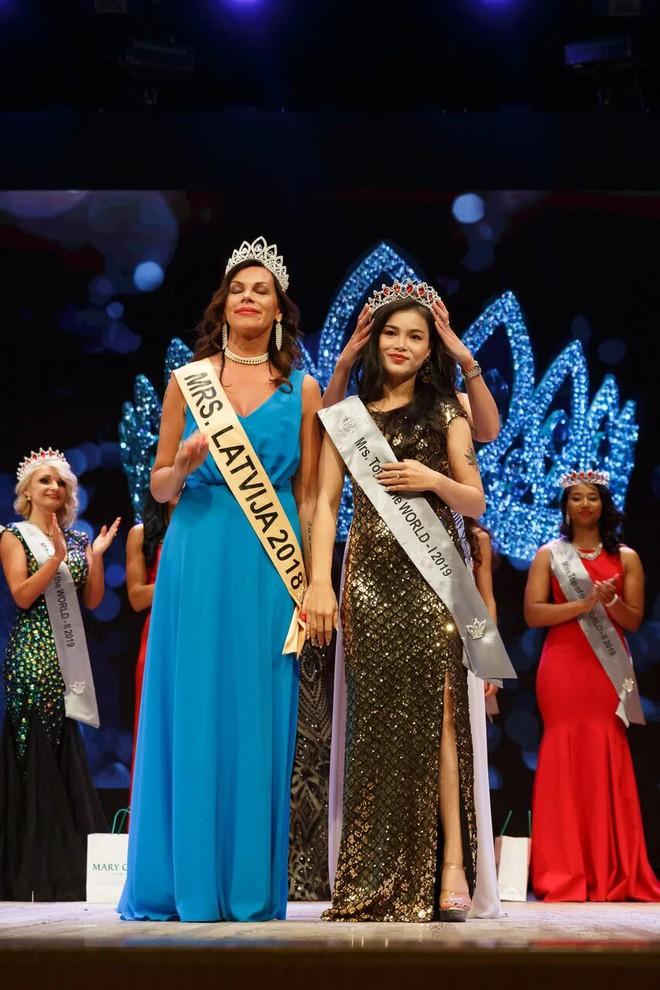 Quỳnh Như đoạt Á hậu cuộc thi Miss&Mrs Top of the world - Ảnh 1.