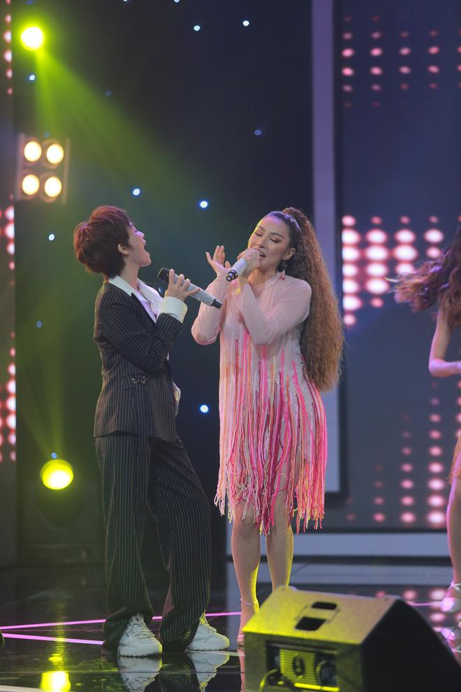 Yaya Trương Nhi hôn môi Đinh Hương tại Trời sinh một cặp - Ảnh 3.