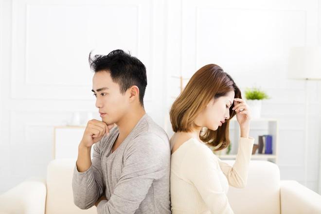 """Hé lộ bí quyết tuyệt đỉnh trong việc gìn giữ """"lửa hôn nhân"""" - Ảnh 1."""