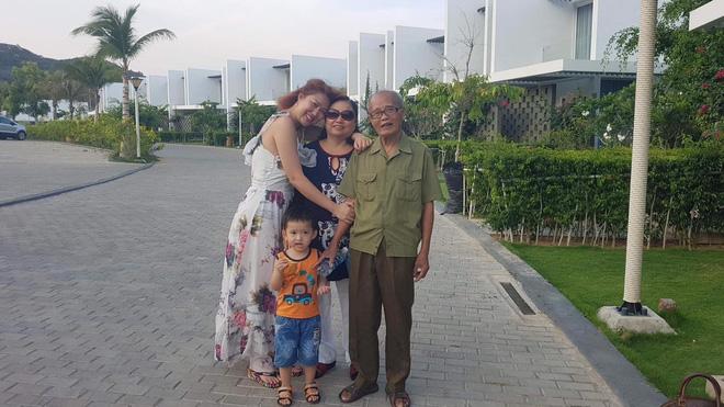Bố của Phi Thanh Vân đột ngột qua đời, không kịp gặp mặt con cái - Ảnh 1.