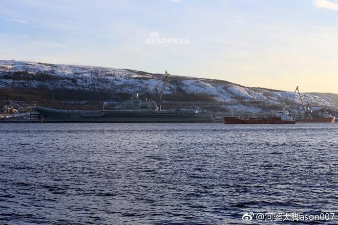 Tàu sân bay cà khổ Kuznetsov của Nga được tái trang bị hệ thống phòng không khủng? - Ảnh 2.