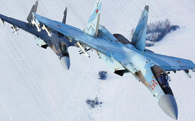 """Bị tiêm kích """"made in China"""" vượt mặt, lô Su-35 Nga hăm hở chào bán cho TQ sẽ nhận kết đắng?"""