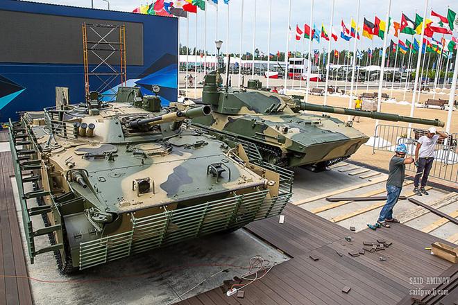 Cảnh báo nóng từ Syria: B41 quá nguy hiểm - Phải đeo lưới thép cho BMP-3 ngay và luôn! - Ảnh 1.