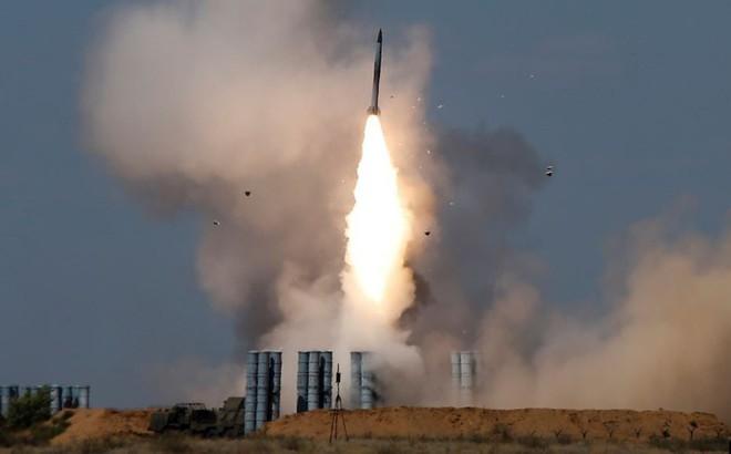 """S-300 Nga khiến Israel giận """"sôi máu"""", trút cơn thịnh nộ xuống đầu Syria?"""