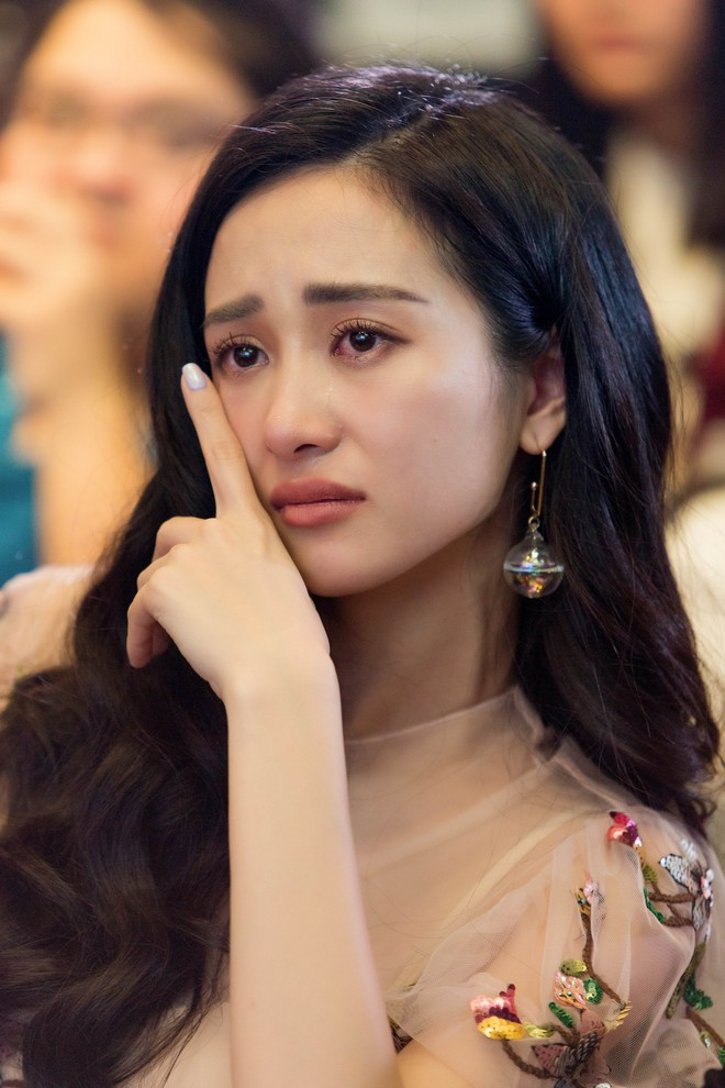 Jun Vũ bật khóc, phủ nhận chuyện chuẩn bị đi hát - Ảnh 11.