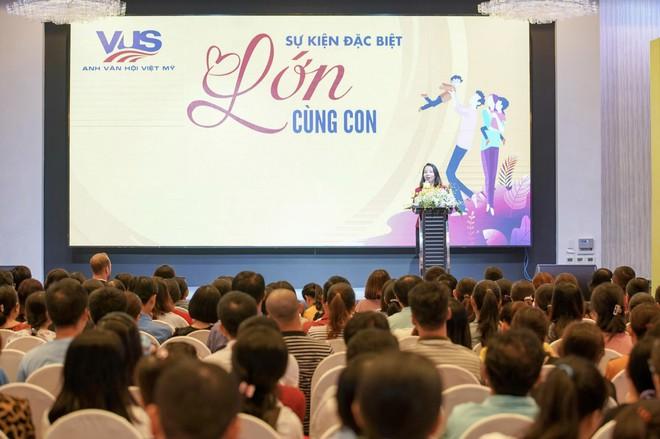 """Gần 1000 phụ huynh TP.HCM tham gia sự kiện """"Lớn Cùng Con"""" do VUS tổ chức - Ảnh 2."""